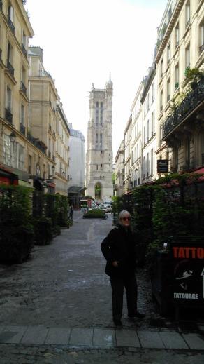 Art Abandonment in Paris